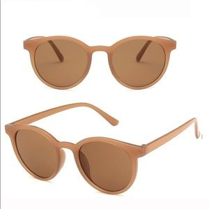 Accessories - Trendy Sunglasses
